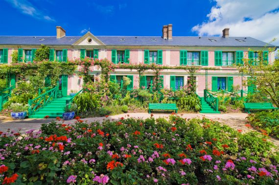 Giverny & Versailles Private Guided Tour