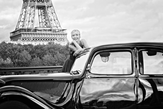 woman in the eiffel tower