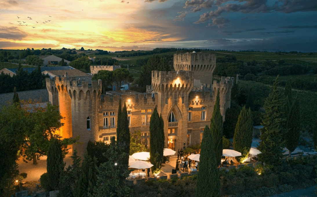 Restaurant: Château Fines Roches in Chateauneuf du Pape
